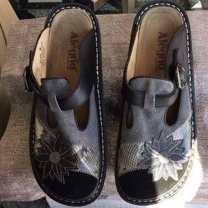 Alegria woman's size 8 mule shoe